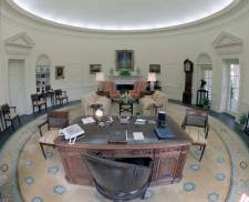 Oval Office, Reagan years - pubic domain/Wikipedia